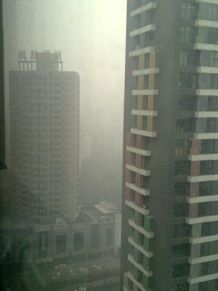 Pojok pemandangan lain, masih dari jendela apartemen...